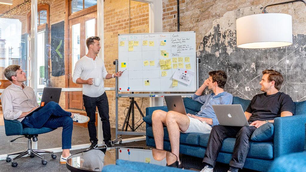 Omregistrering af iværksætterselskaber - Reglerne lempes. Regeringen forventes at fremsætte et lovforslag til november 2020