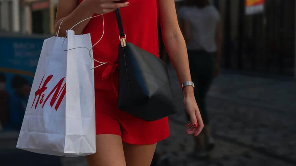 H&M får GDPR-bøde på 260 mio